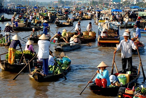 Cai Rang Floating market, early morning