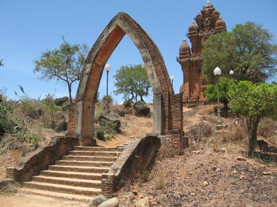 Phan Rang – Thap Cham Travel guide