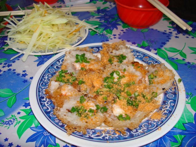 Banh Khot, A Vung Tau Street Speciality