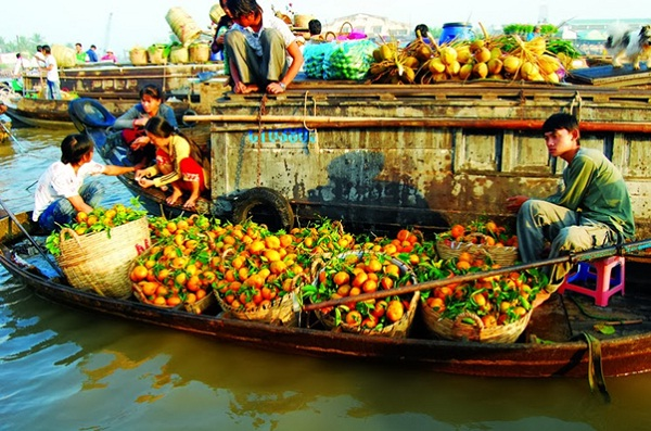 Boat full of fruits
