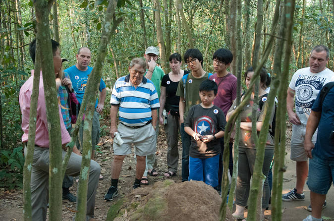Cu Chi Tunnels in a half-day