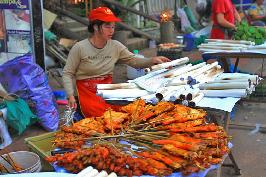 Vangthong Food Market